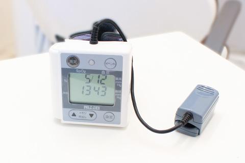血圧計/パルスオキシメーター